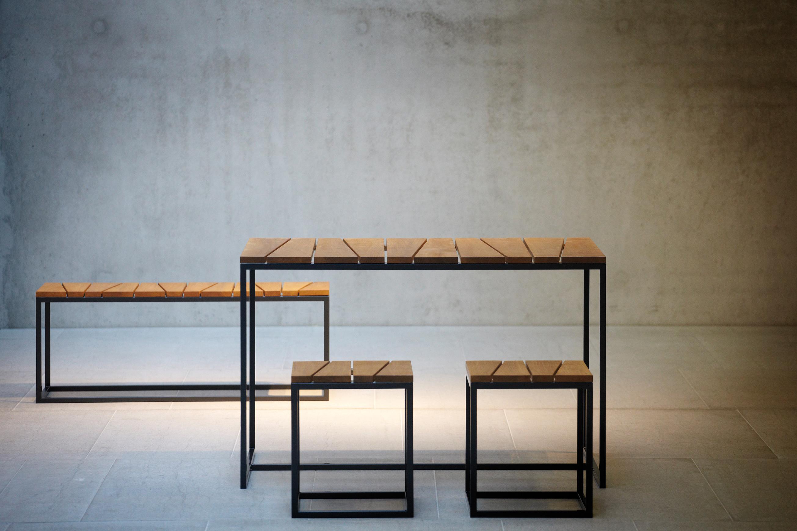 Alois Mini Garnitur 1 Tisch , 1 Bank und 2 Hocker